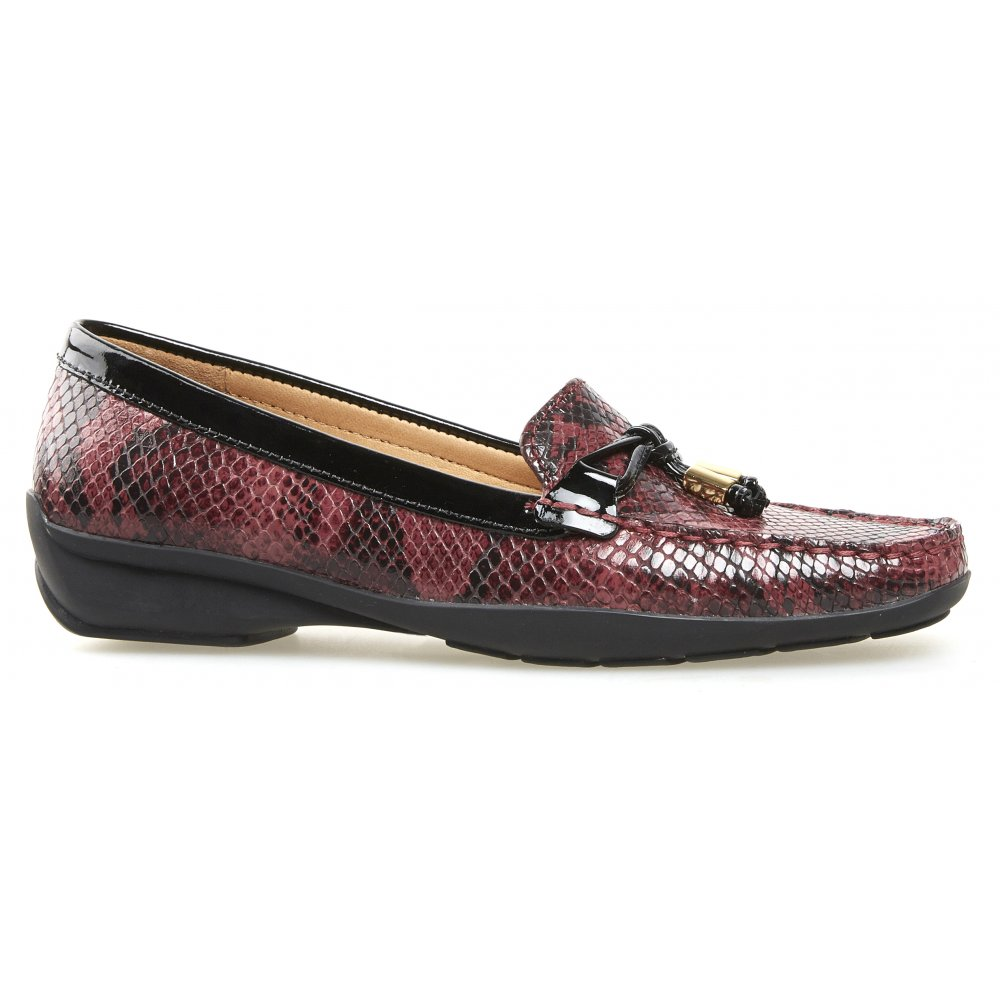 Cranberry Flat Womens Shoes Size