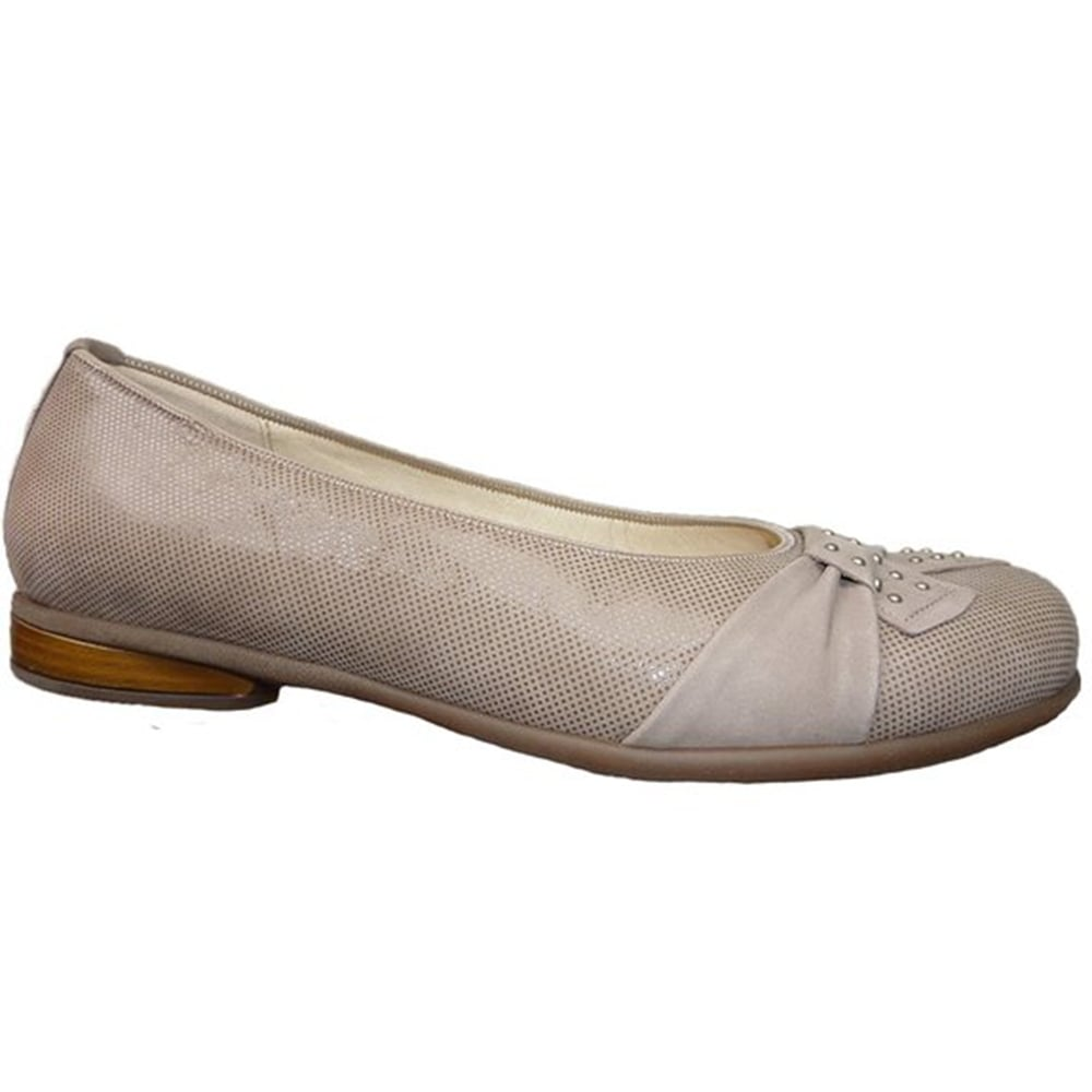 Womens Broad Fitting Shoes