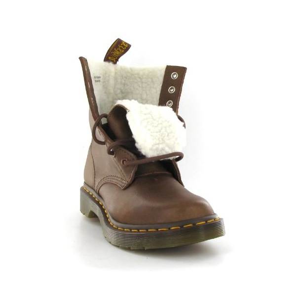 dr martens ladies serena tan 8 eyelet modern classic boot. Black Bedroom Furniture Sets. Home Design Ideas
