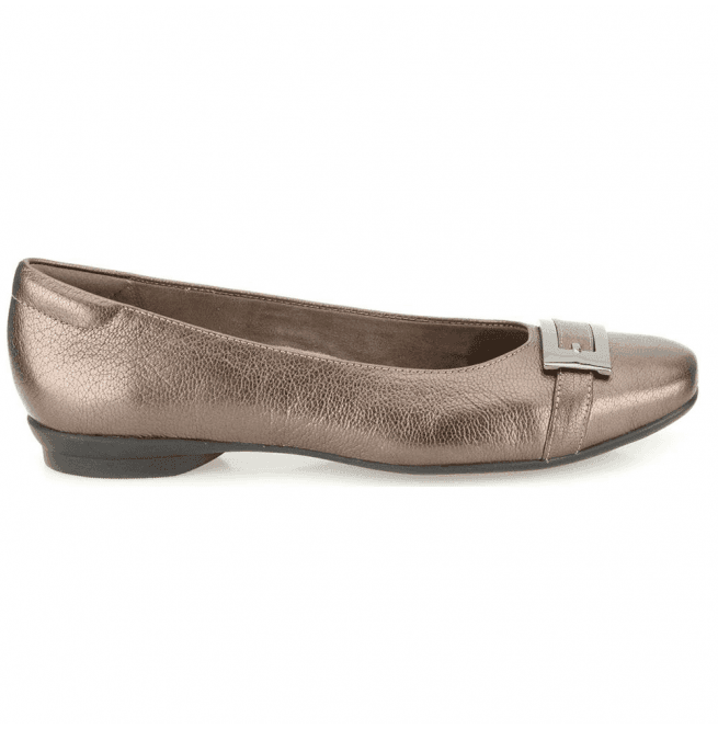 Clarks Womens Candra Glare Metallic Leather Smart Shoes