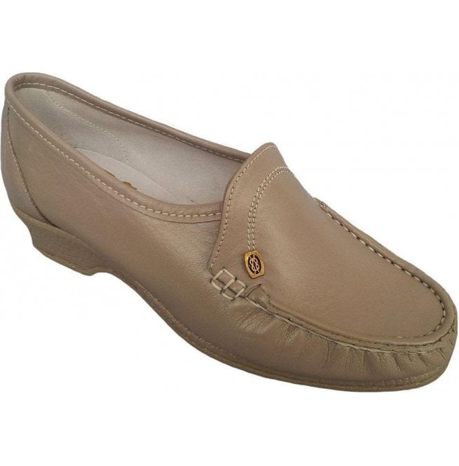 Sandpiper Womens Ida Beige Slip On Shoes
