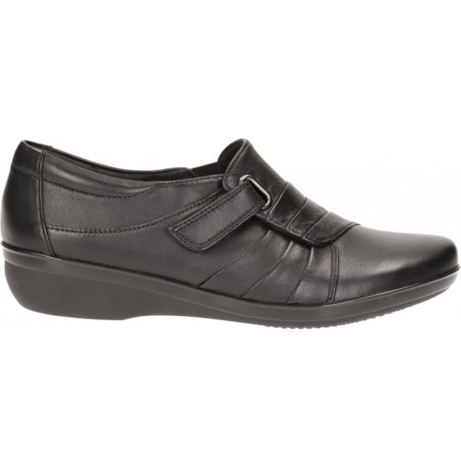 Clarks Womens Everlay Luna Black Leather Casual Shoes