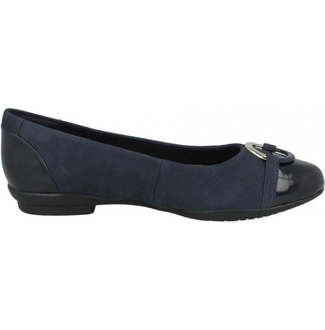 Clarks Womens Neenah Vine Navy Combi Shoes 26132459