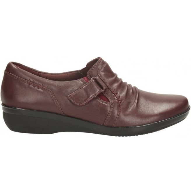 Clarks Womens Everlay Coda Burgundy Leather Casual Shoes