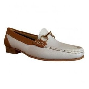 Womens Ema Ciervo White Slip On Moccasin Shoes 4994