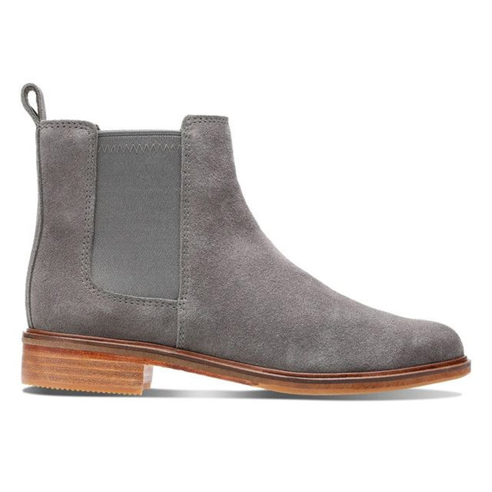 74220cc83 Clarks Clarks Womens Clarkdale Arlo Grey Suede Ankle Boots 26136721