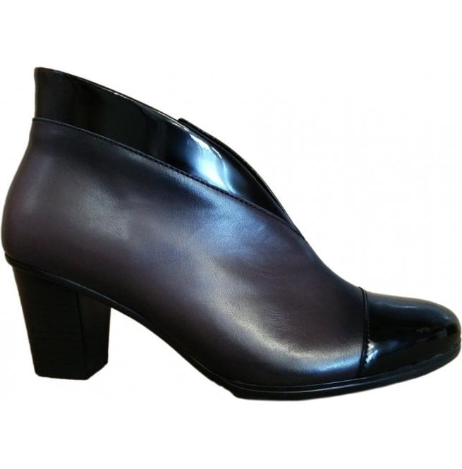Womens Enfield BlackTin Leather Heeled Ankle Boots 616.99